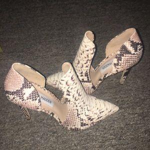 Steve madden snake skin heels 5 1/2